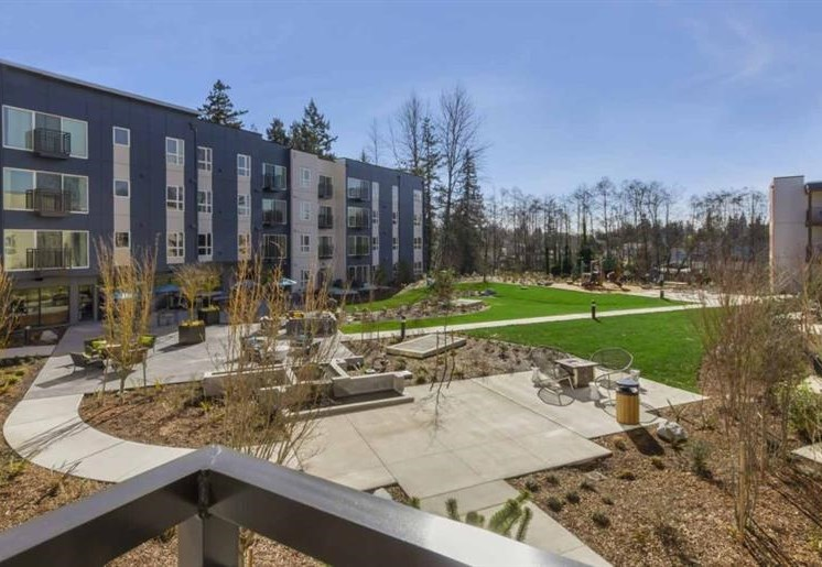 Beautiful Landscaping and Park-like Setting at Trillium Apartments, Edmonds, WA,98026