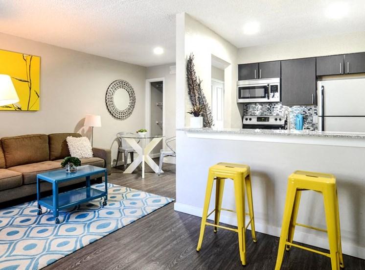 Eat-in Kitchens at Mesh Properties, Austin, 78741