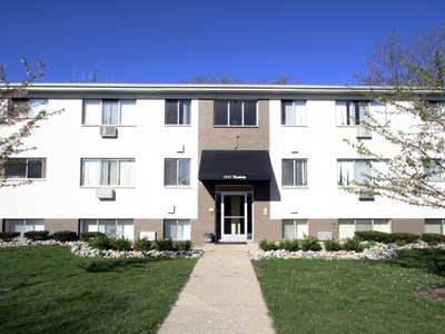 Kimberly House Apartments Community Thumbnail 1