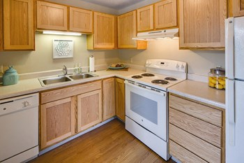 12105 41St Avenue North Studio-2 Beds Apartment for Rent Photo Gallery 1