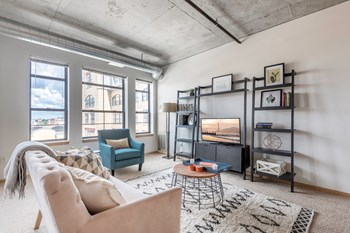 415 1St Street North Studio-3 Beds Apartment for Rent Photo Gallery 1