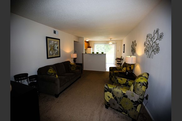 Black Forest Apartments 2807 Innsbruck St Louis Mo Rentcaf