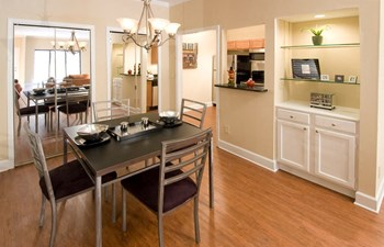 2770 Lenox Road NE 1-2 Beds Apartment for Rent Photo Gallery 1