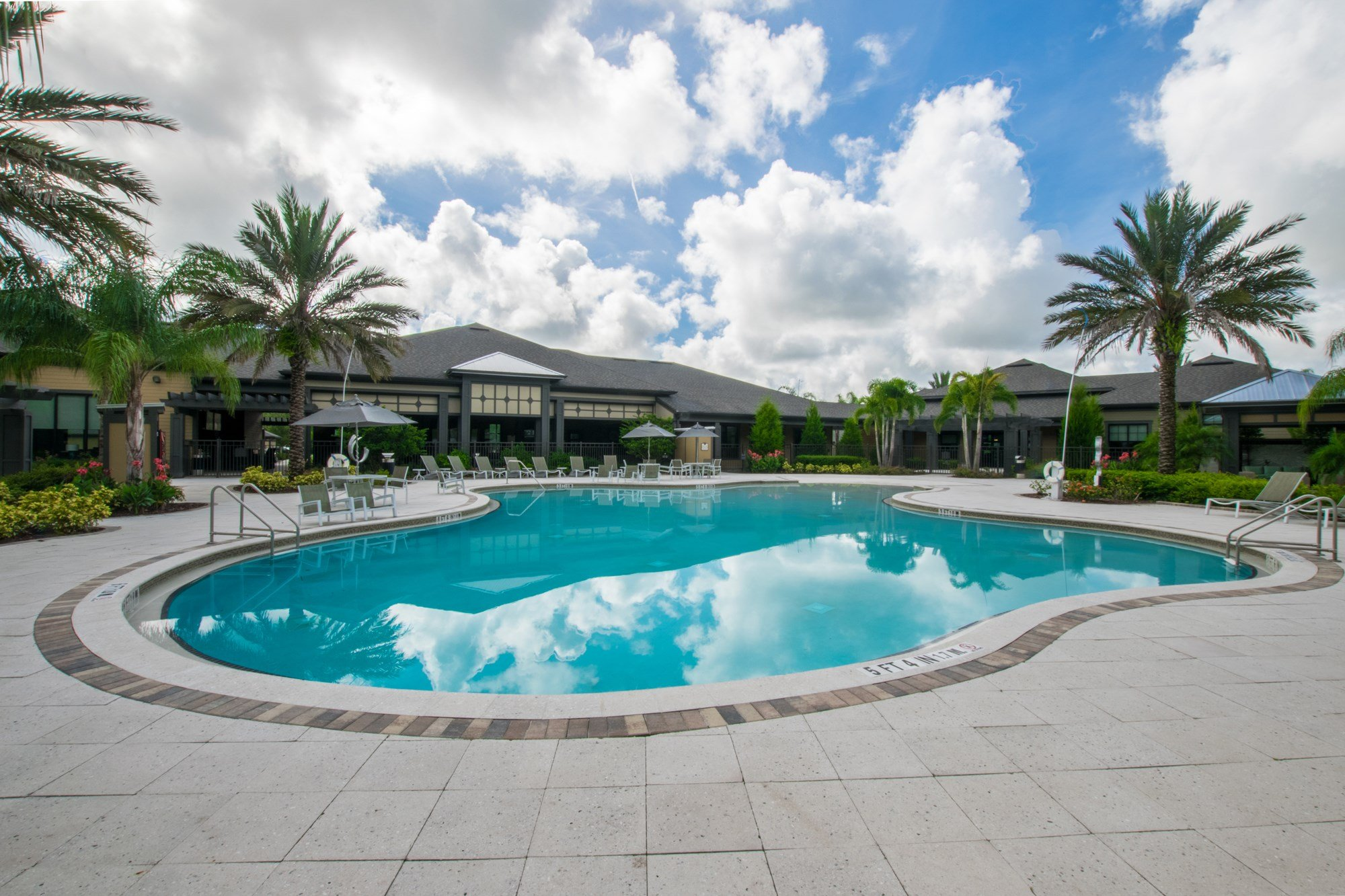Swimming Pool at Creekside Ranch Apartments in Bradenton, FL