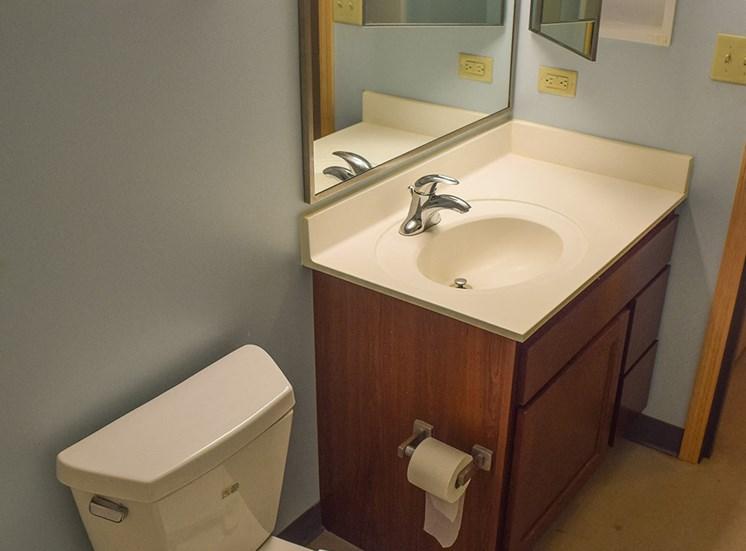 Renbox bathroom