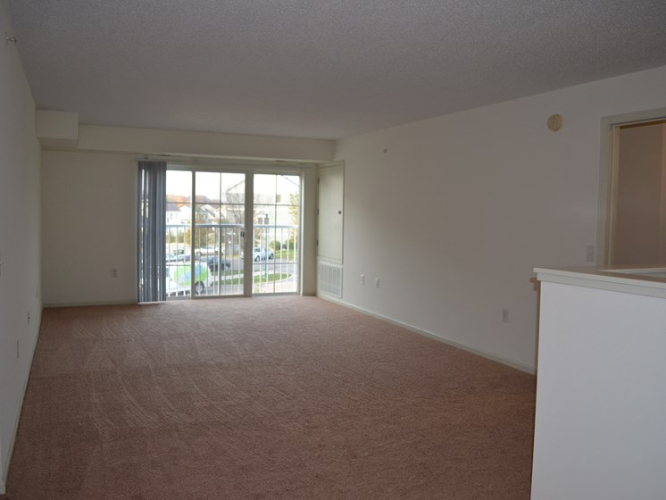 Large living rooms off the kitchen