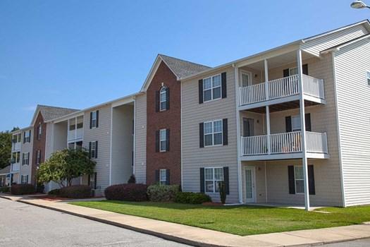 South Main Apartments Community Thumbnail 1