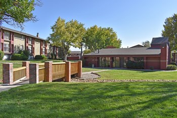 3400 Wyoming Blvd 1-3 Beds Apartment for Rent Photo Gallery 1