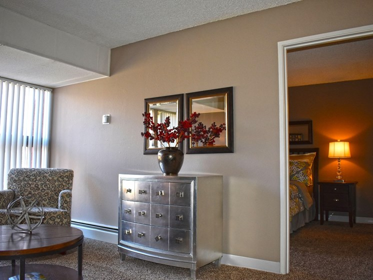 Large Living Rooms at Sedona Ridge In Albuquerque New Mexico