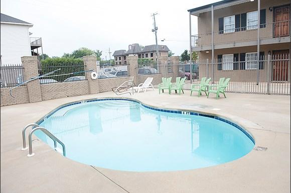 Shamrock Downs Apartments, 1402 9th Street, Tuscaloosa, AL - RENTCafé