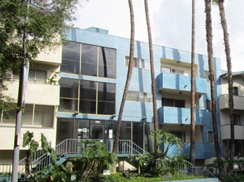 6615 Franklin Ave 1-2 Beds Apartment for Rent Photo Gallery 1
