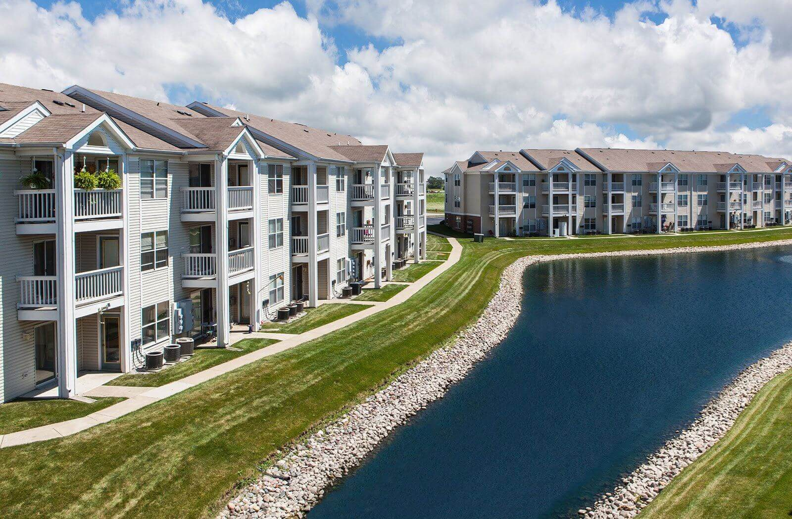 24 Hour Emergency Maintenance Service at Mallard Bay Apartments, Crown Point, IN