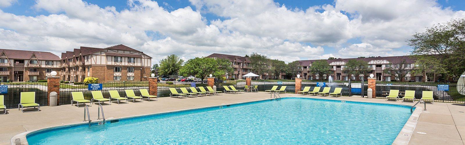 Large Poolside Sundeck at Scarborough Lake Apartments, Indiana, 46254