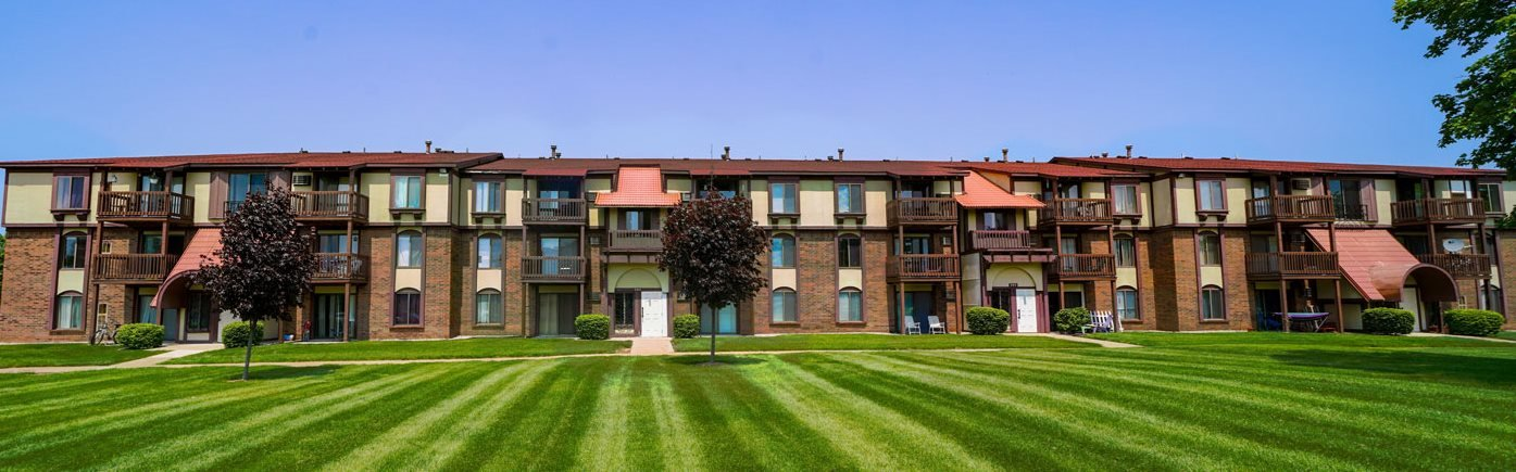 Gorgeous Landscaped Grounds at Apple Ridge Apartments, Walker, Michigan