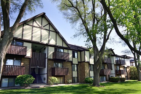 Exterior View With Architectural Details at Fairlane Apartments, Michigan, 49037