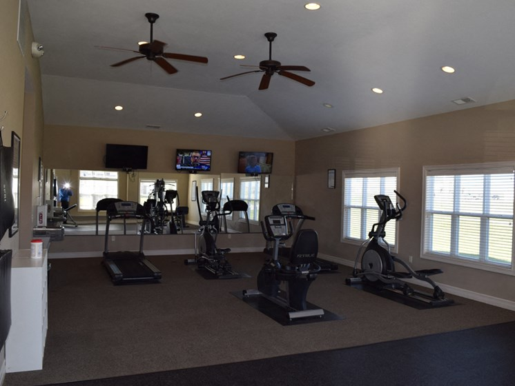 24-hour Fitness Center with Free Wi-Fi at Fieldstream Apartment Homes, Ankeny, IA