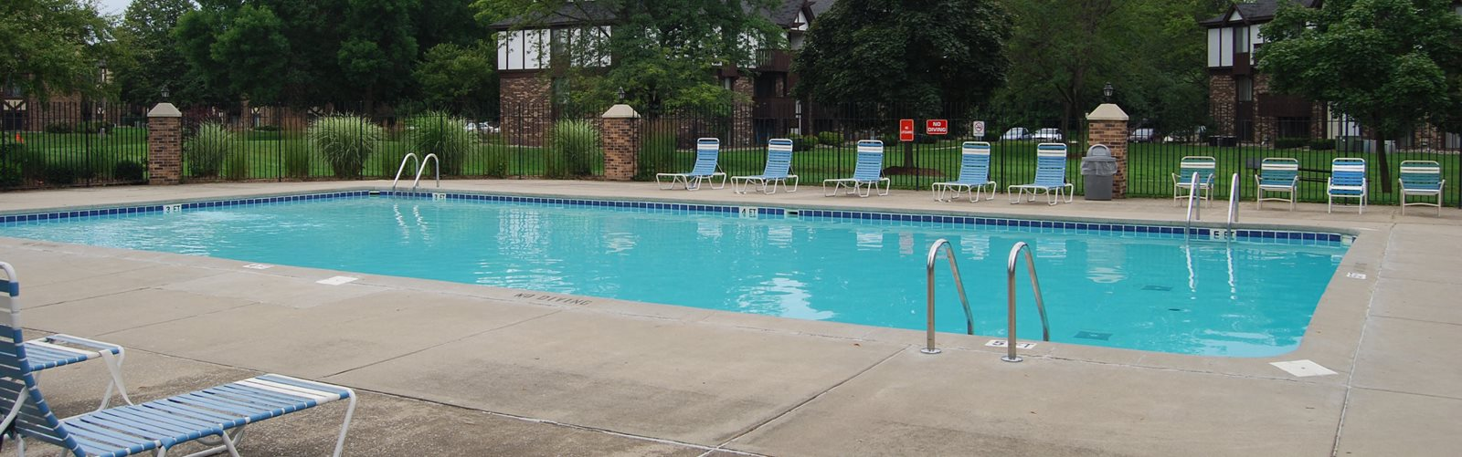 Pool at Normandy Village Apartments, Indiana, 46360