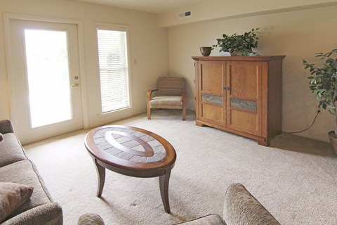 Plenty Of Natural Light Inside Apartment at North Pointe Apartments, Elkhart, IN, 46514