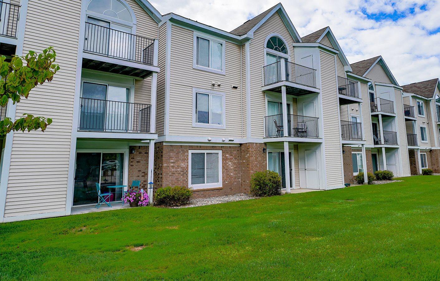 Green Views at Orchard Lakes Apartments, Ohio 43615