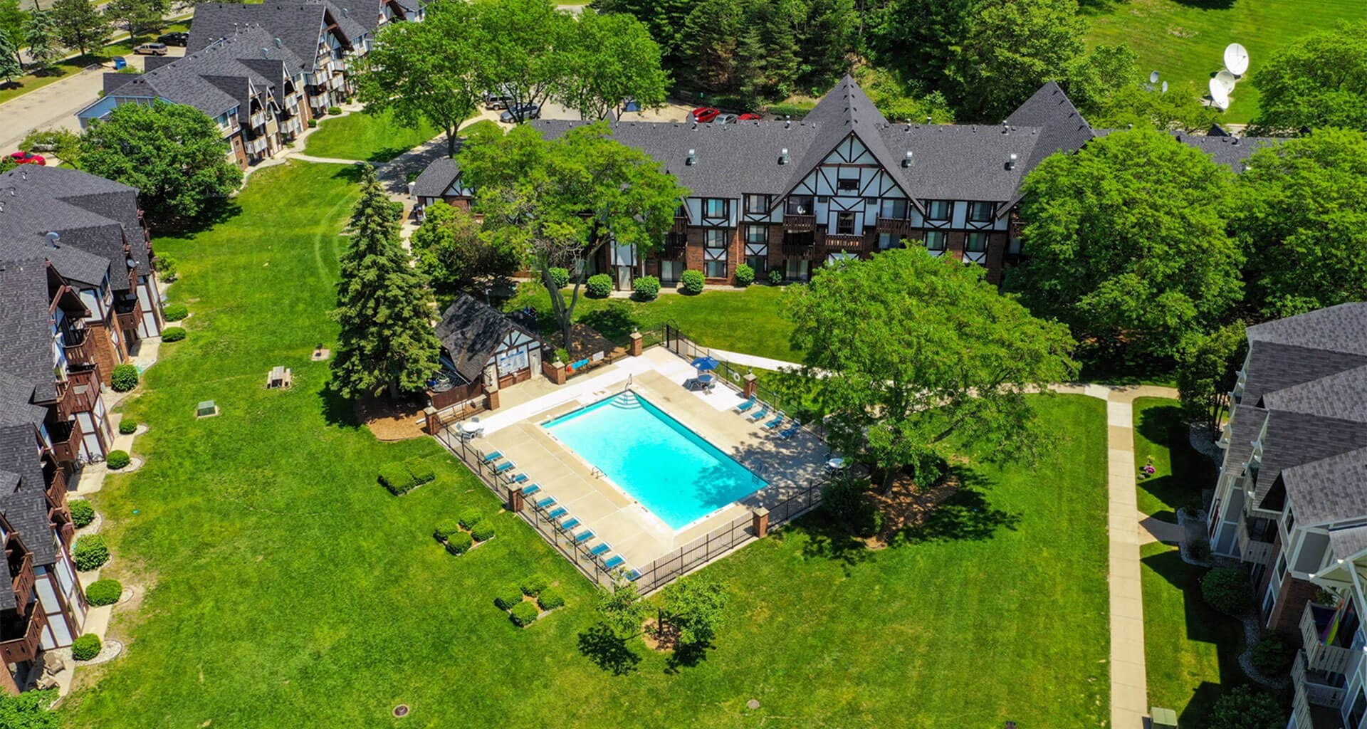 Top Pool View at Swiss Valley Apartments, Michigan