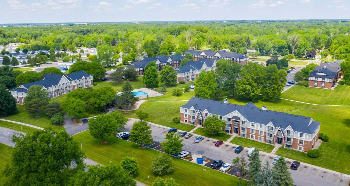 Stunning Aerial View of Waverly Park Apartments in Lansing, MI