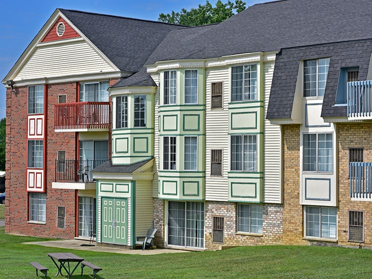 Unique Apartment Building Exterior at Thornridge Apartments, Grand Blanc, MI, 48439