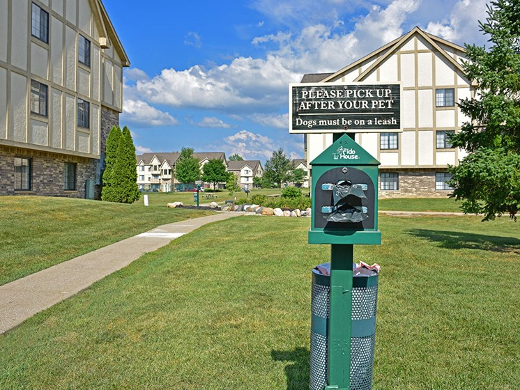 Pet Station at Thornridge Apartments, Grand Blanc, MI, 48439