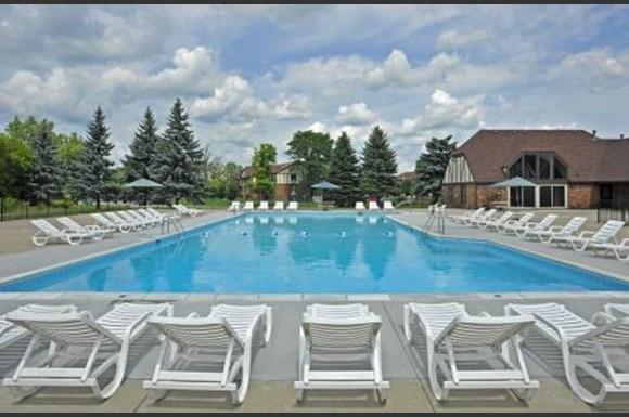 Charter Oaks Apartments 1000 Charter Oaks Drive Davison Mi Rentcaf
