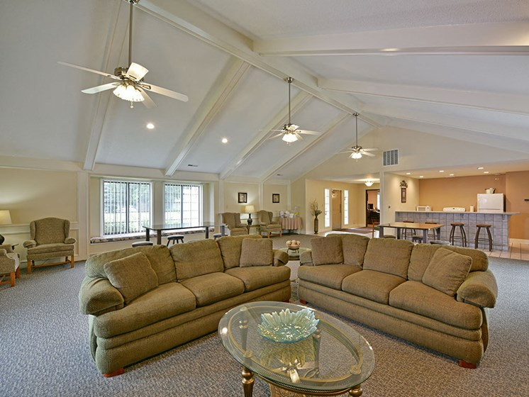 Clubhouse at Tanglewood Apartments, Wisconsin