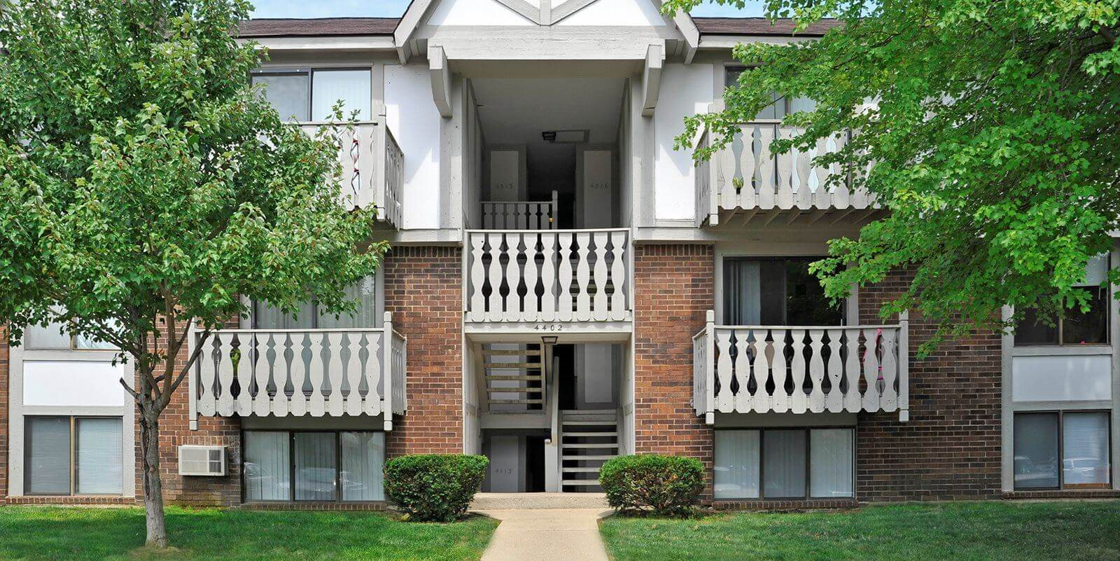 Apartments For Rent at Eastgate Woods Apartments, Batavia