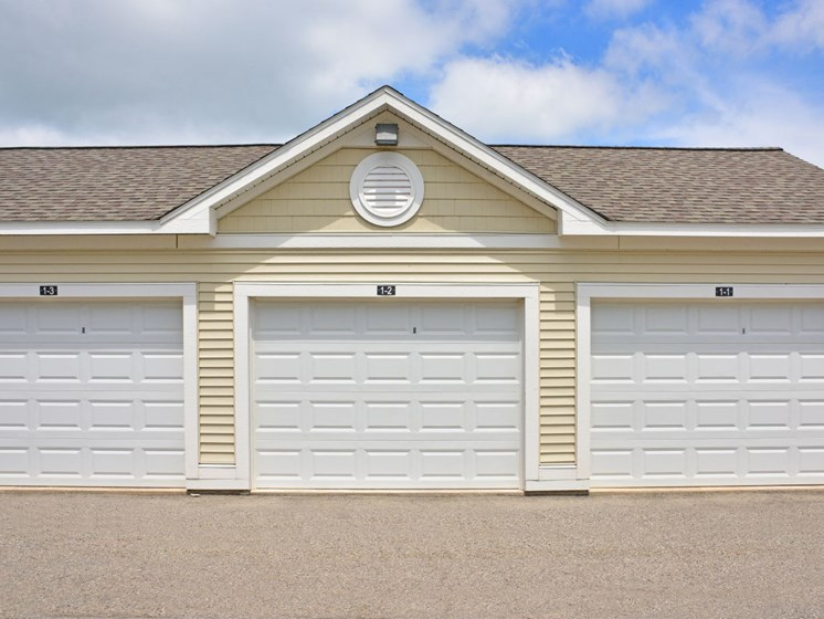 Garages at River Hills Apartments, Fond du Lac, WI 54937