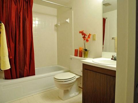 Bathroom with Tub at Rivers Edge Apartments, Michigan, 48327