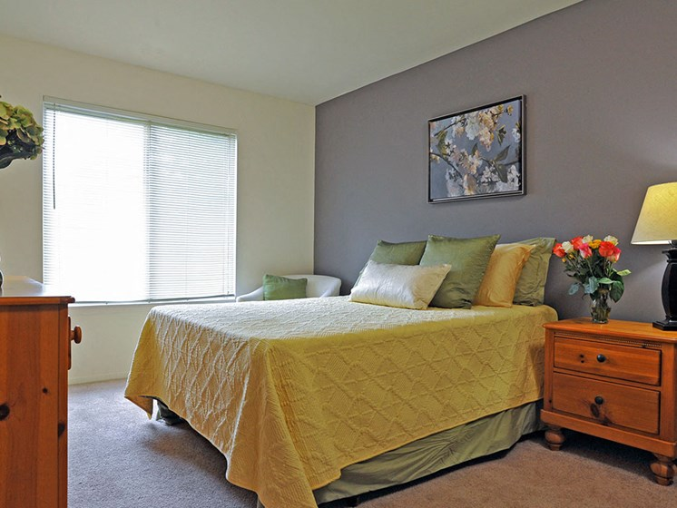 Spacious Bedroom at Rivers Edge Apartments, Waterford, MI