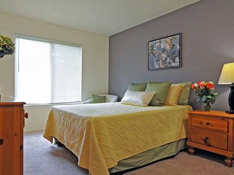 Spacious Bedroom at Rivers Edge Apartments, Waterford, MI