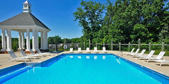Expansive outdoor pool at Timberlane Apartments, Peoria, IL, 61615