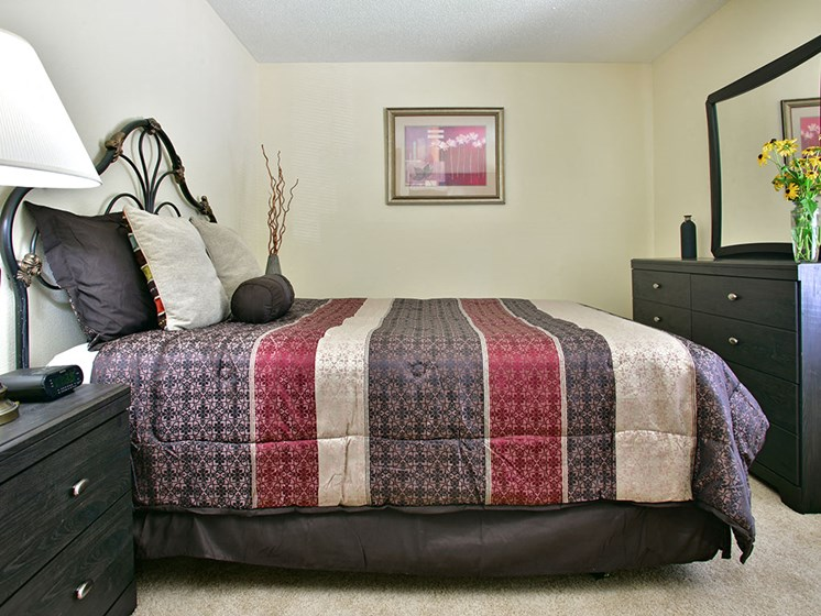 Spacious Bedroom at Timberlane Apartments, Peoria, IL