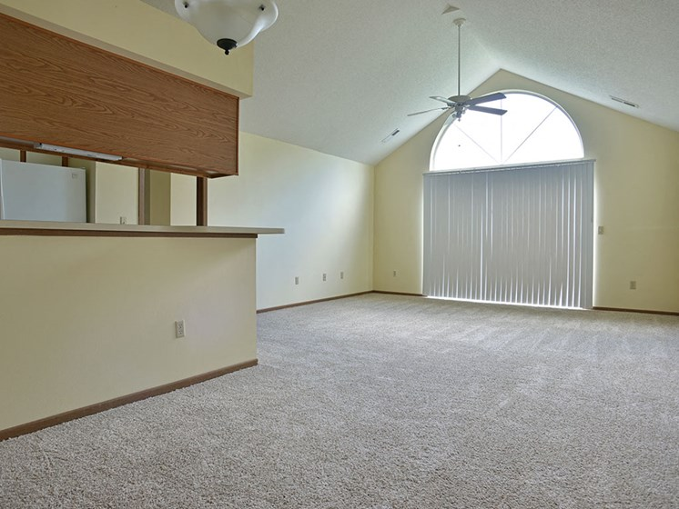 Open Concept Layouts at Timberlane Apartments, Peoria, IL, 61615