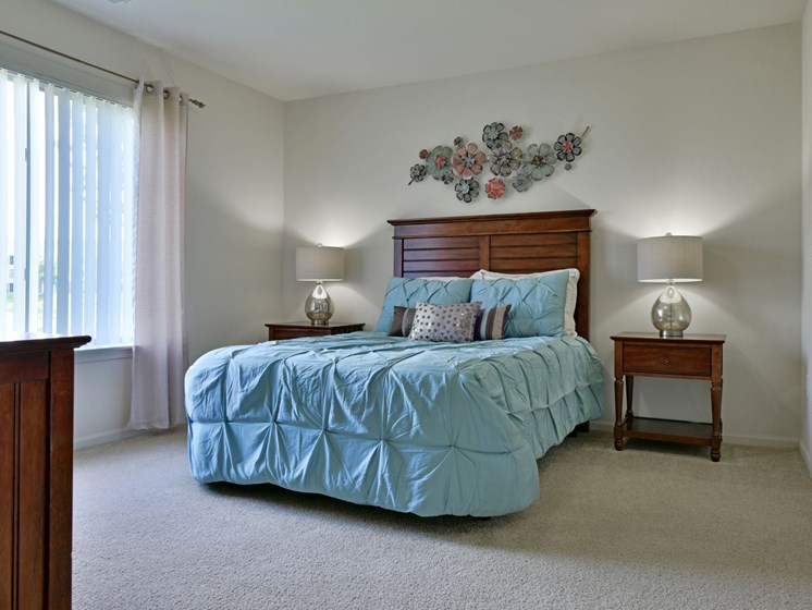 Spacious Bedroom at Towne Lakes Apartments, Wisconsin