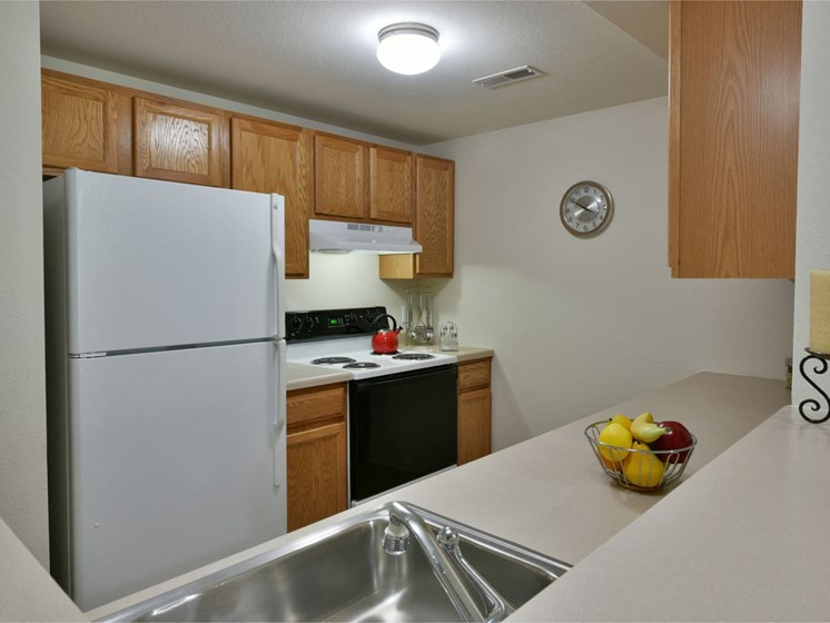 Kitchen at Towne Lakes Apartments, Grand Chute, WI 54913