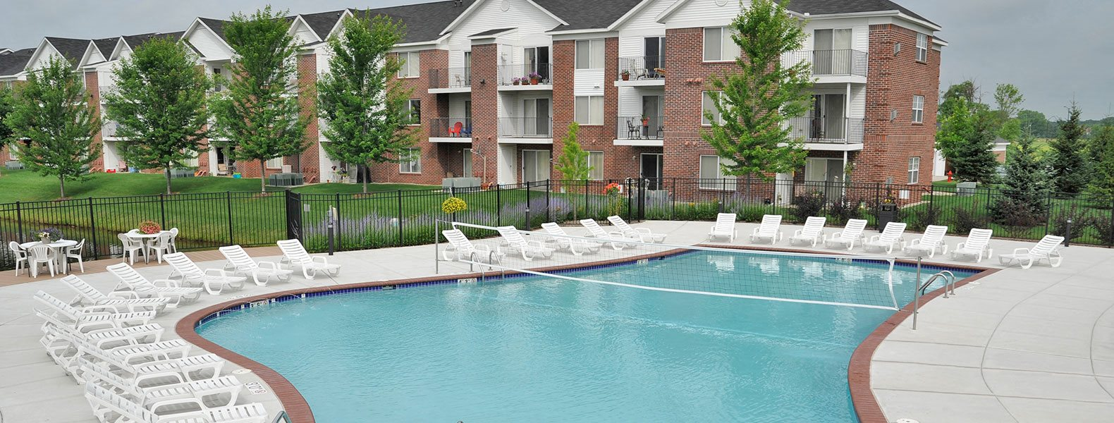 Resort-Style Pool at Towne Lakes Apartments, Grand Chute
