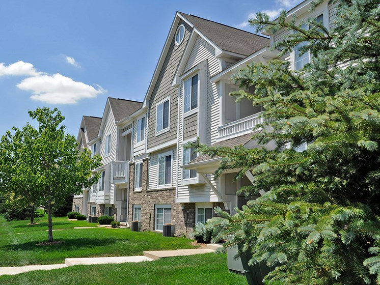 Green Views at Westlake Apartments, Belleville, 48111