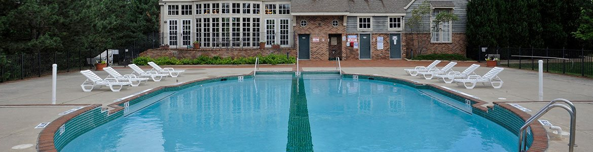 Pool Side Relaxing Area at Windemere Apartments, Farmington Hills, MI, 48335