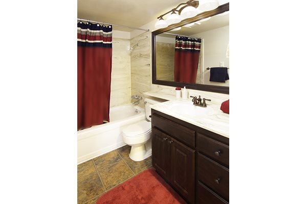 Ceramic Tile Tubs and Upgraded Bathroom