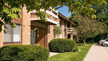 9571 W. Forest Home Ave 1-3 Beds Apartment for Rent Photo Gallery 1