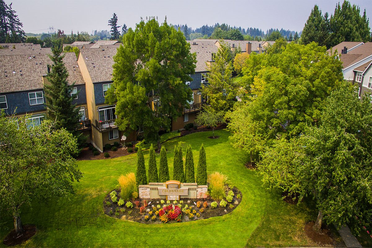 The Colonnade Luxury Townhome Rentals Photos Apartments