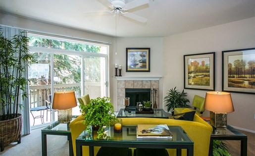 Spacious Living Room at Apartment Near Beaverton