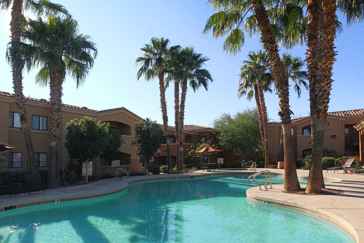 Deer Valley Phoenix Apartments with Resort-Style Swimming Pool