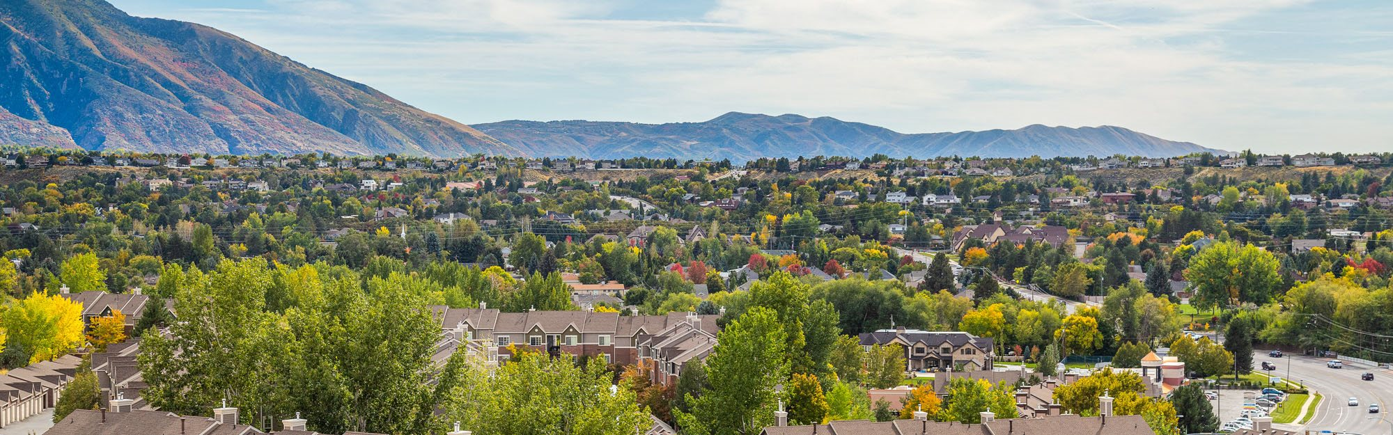 Mountain Views at Cottonwood Heights Apartments Near SLC 84121