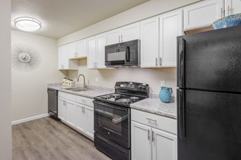 932 South Helena Way 1-3 Beds Apartment for Rent Photo Gallery 1