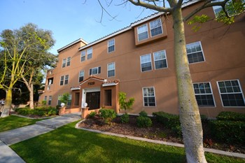 7320 & 7346 Rosemead Blvd. 2 Beds Apartment for Rent Photo Gallery 1